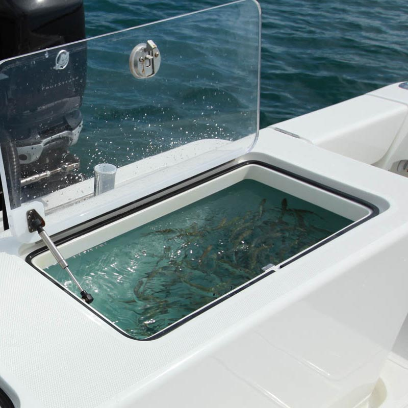 Center consoles 340 model info seavee boats for Fish livewell for boat