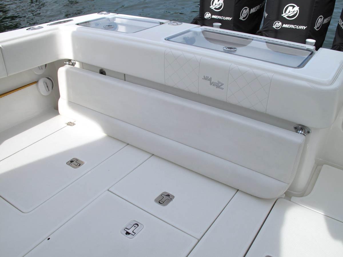 290 Details Seavee Boats