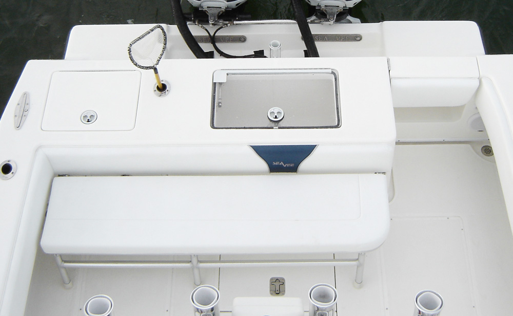 Folddown Seat 310b_cockpit