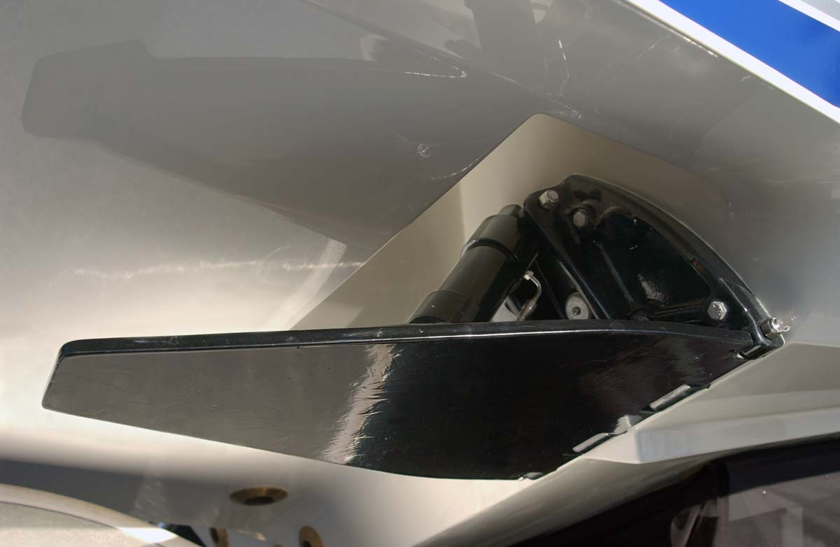 Center Console - 320 Details - SeaVee Boats